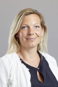 Adeline Yon-Berthelot